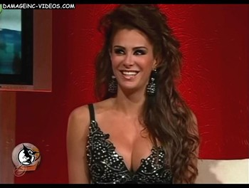 Ninel Conde big breasted actress